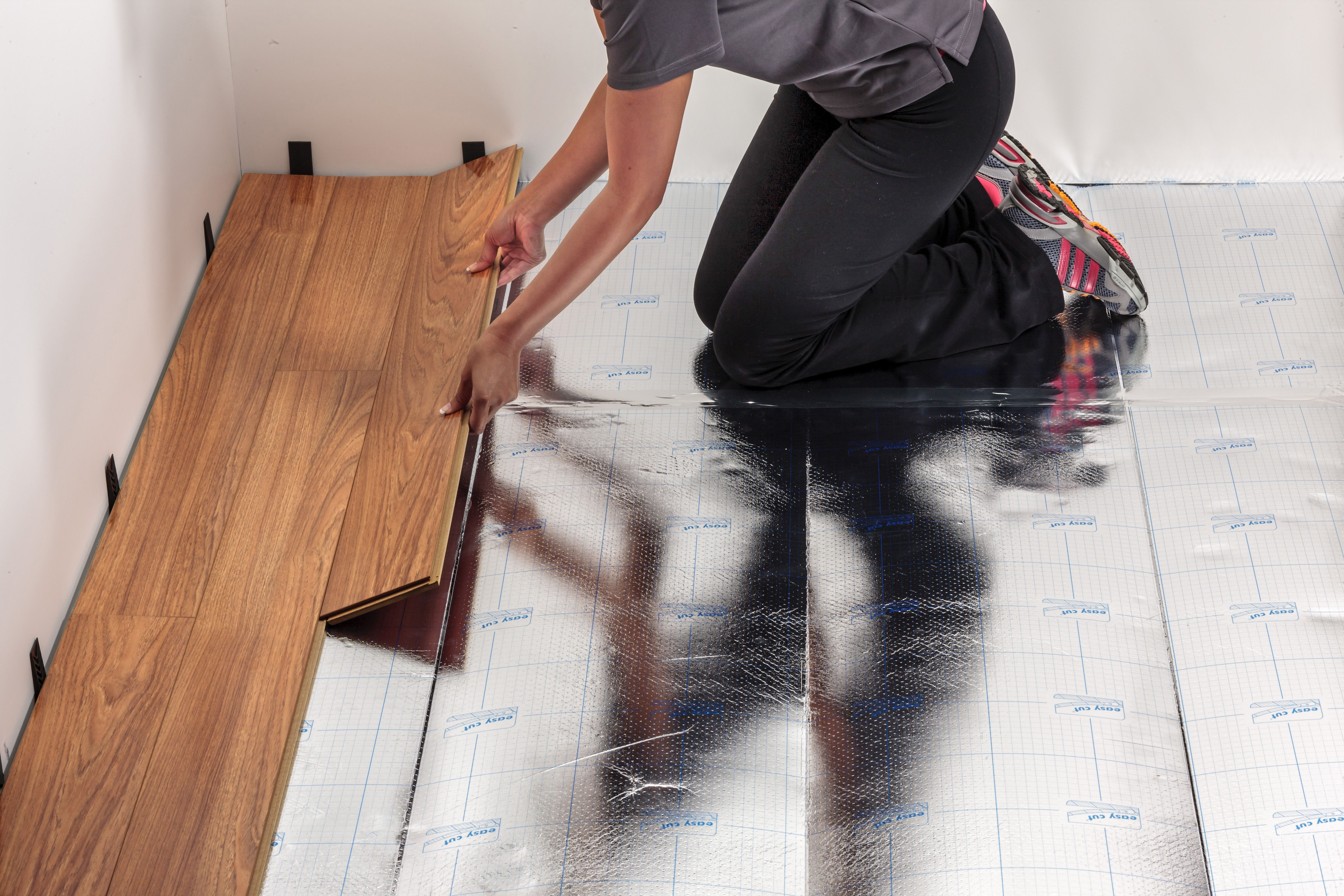 Installing your floating wood floors with Floor Comfort