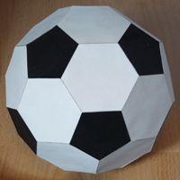 Plantilla Para Imprimir Gratis Balón De Fútbol De Papel Blanco Y