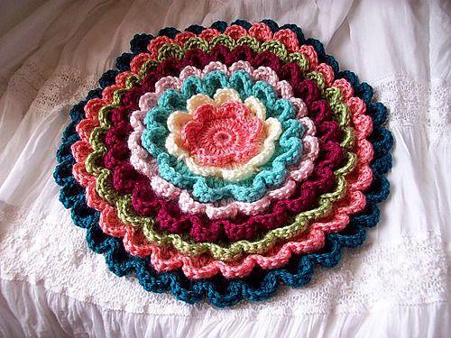 Pretty Petals Potholder #9378 pattern by The Spool Cotton Company ...