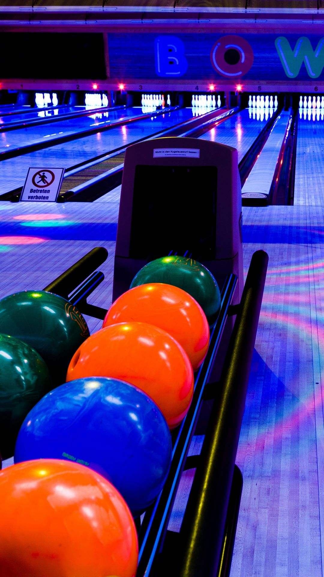 Club Exercise Bowling Balls Iphone 6 Wallpaper Bowling Snap Photography Infinity Wallpaper