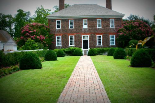 Colonial Williamsburg Style Homes Touring the different homes