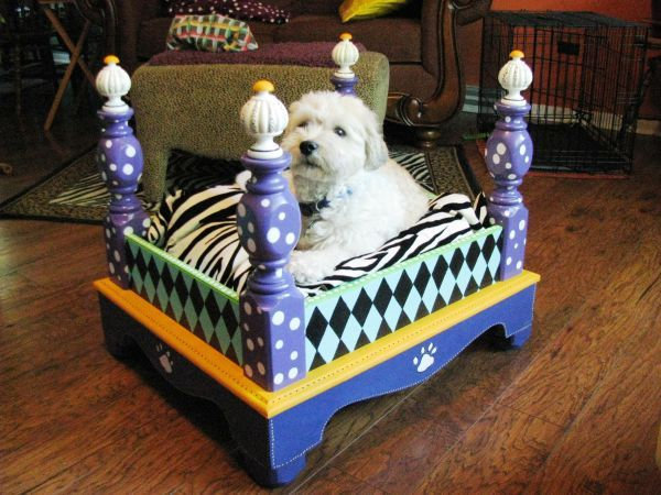Pet Bed Hand Painted Bet You Could Turn An Old Table Upside