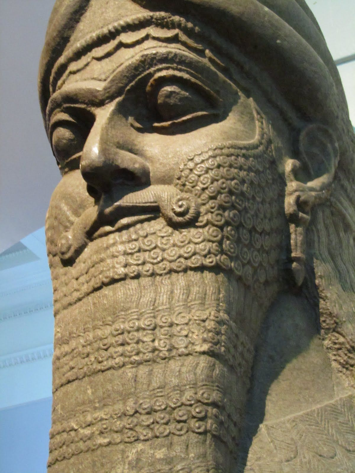 assyrian statue great world art ancient civilizations