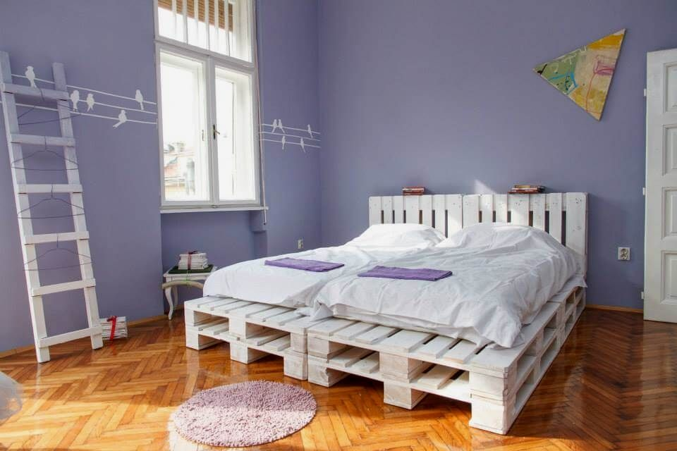 Functional Crate Style Bedroom Furniture Designs You Can Use To
