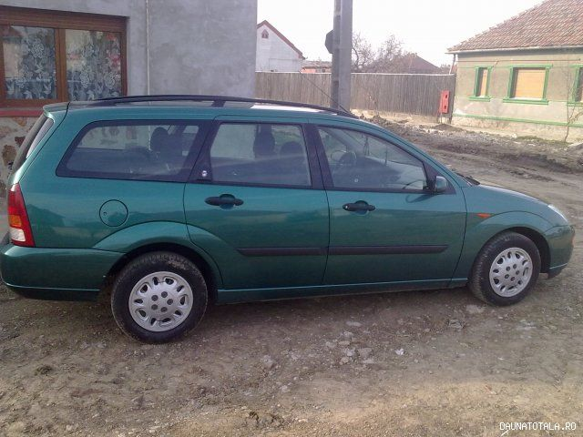 Ford Focus Ghia De Vanzare With Images Ford Focus Cars For
