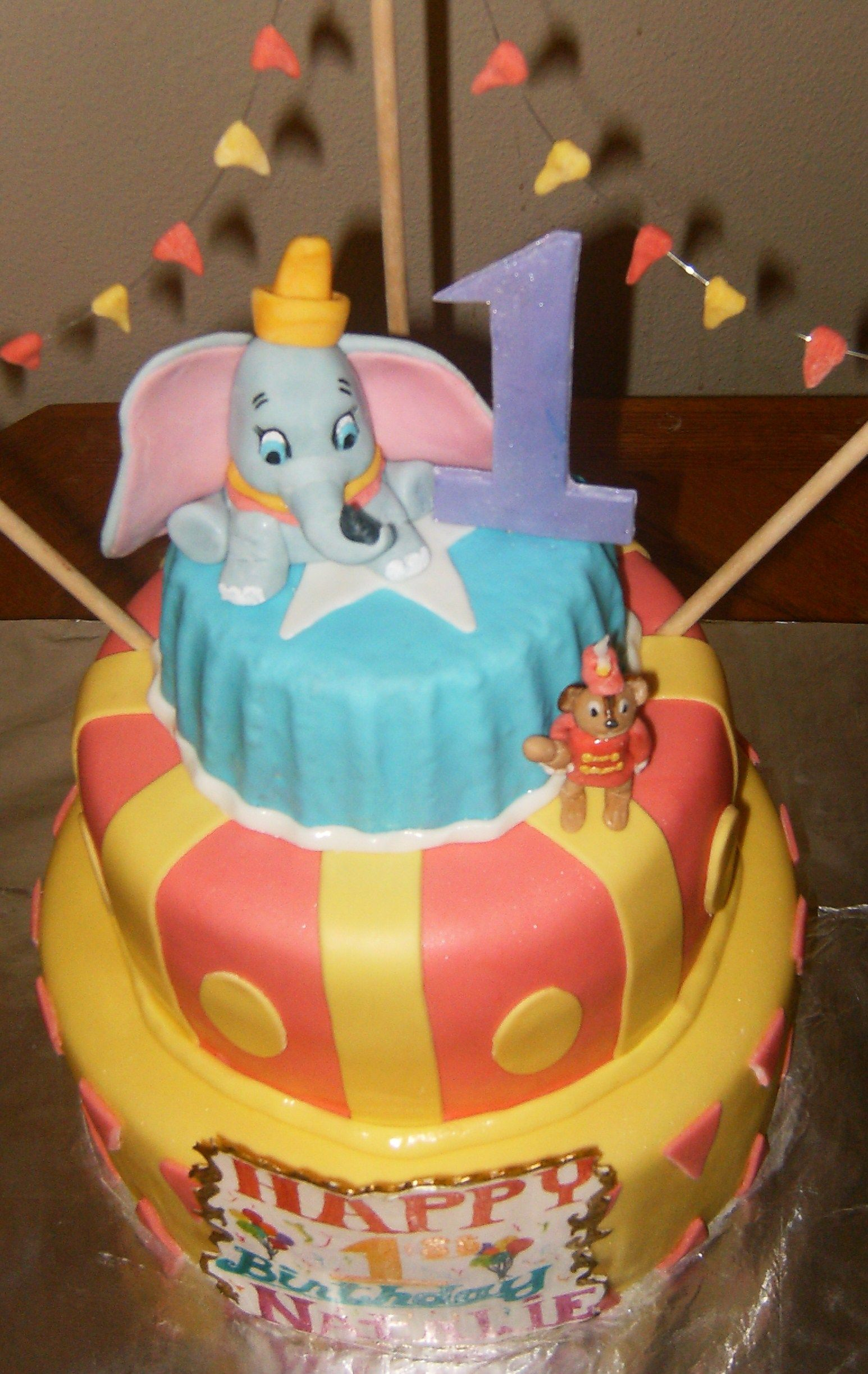 dumbo cake topper cake ideas and designs
