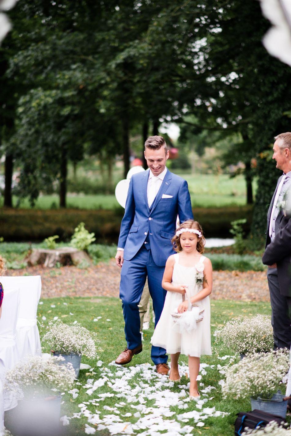 43-bruidsfotografie-landgoed-epemastate-buiten-ceremonie