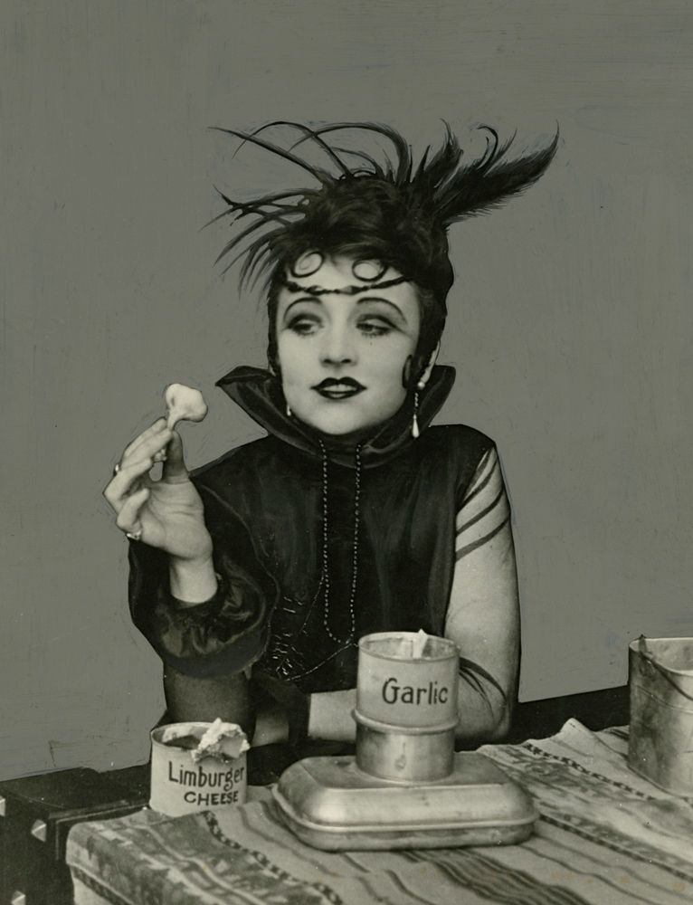 Valeska Suratt – silent film actress posing with garlic and limburger cheese. http://silenceisplatinum.blogspot.co.uk/2012/10/miss-valeska-suratt.html