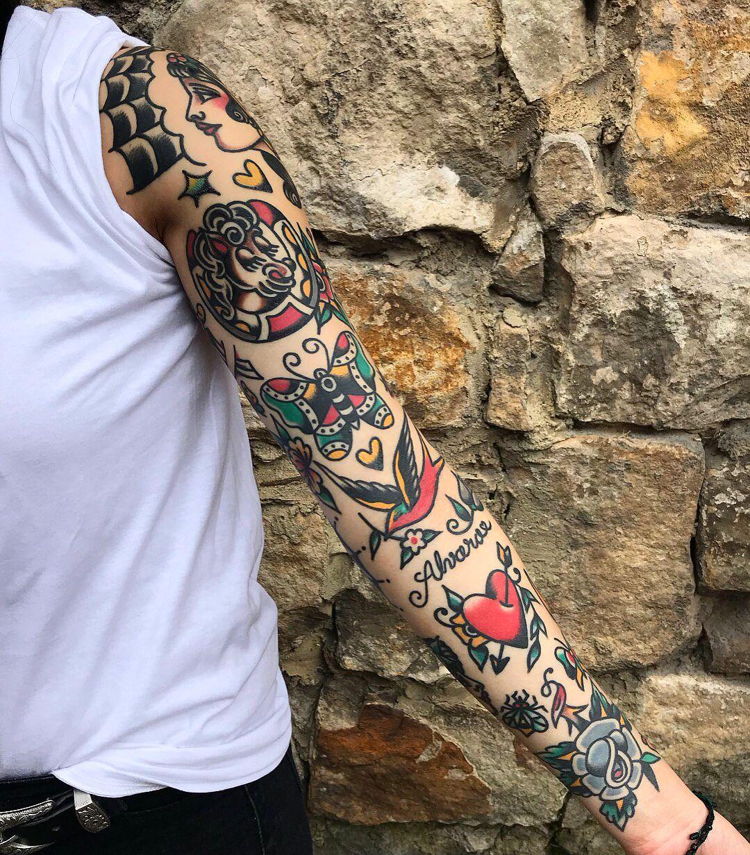 Photo of Tatouage traditionnel sur Instagram: «#tattoo by @xkristiangonzalezx … … … … #traditional #traditionaltattoo #traditionalartist #oldtattoo #oldschooltattoo # tattooartist…»