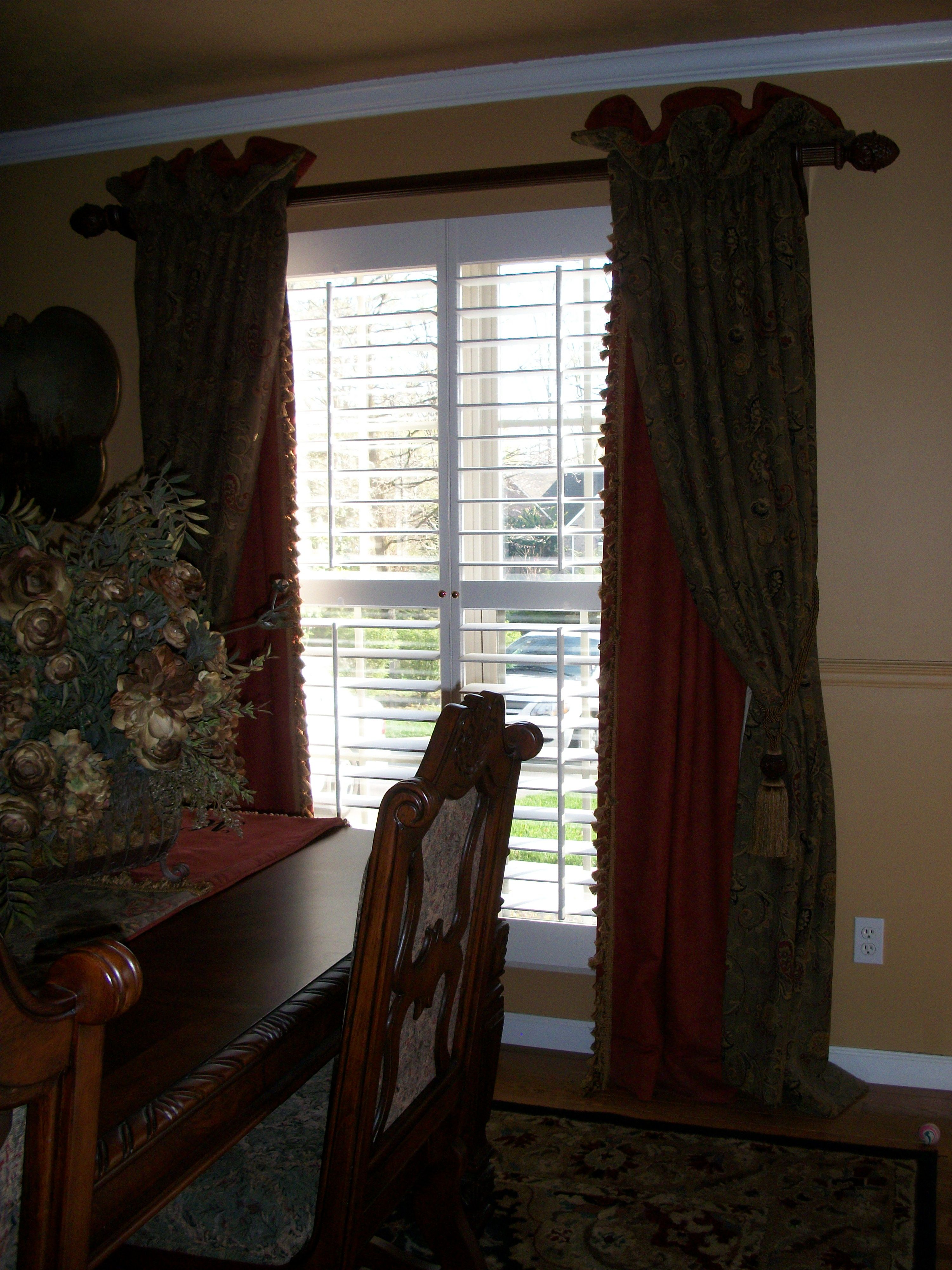 One Of The Most Glorious Dining Room Drape Designsfrom Vincy Amazing Drapes For Dining Room Decorating Inspiration