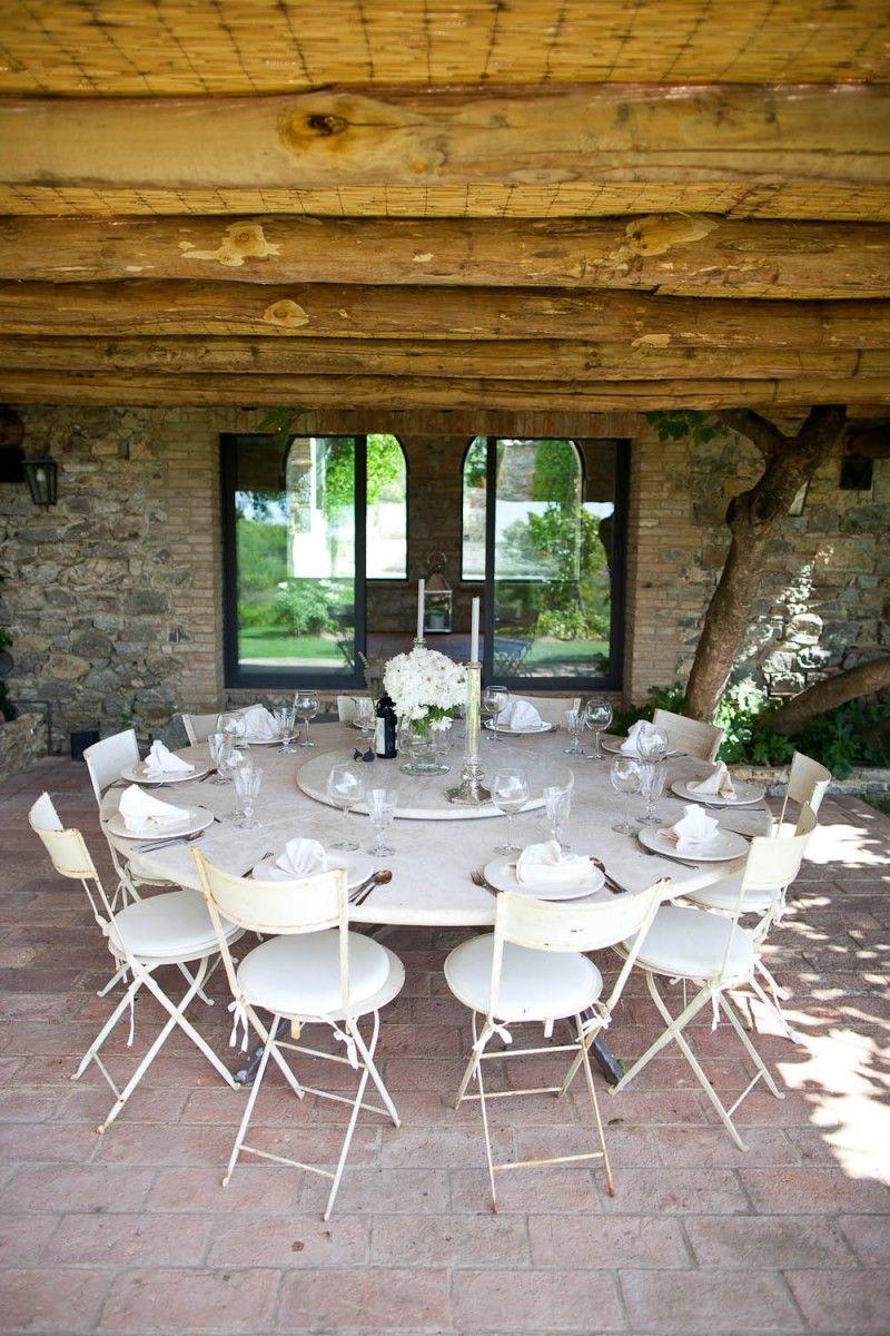 Outdoor dining in an italian villa