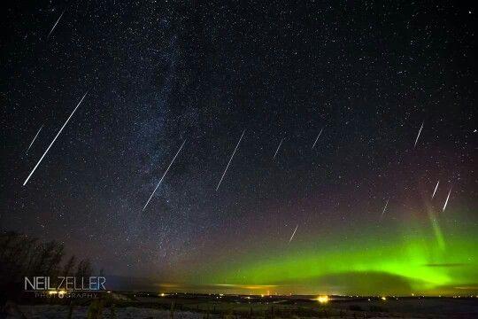 Aurora with meteor shower❤