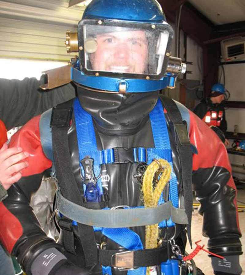 Hazmat divers equipment procedures used diving