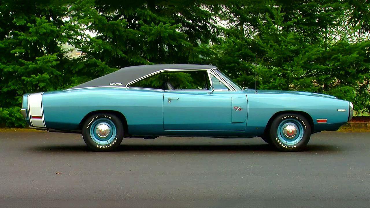 Gorgeous EB3 Light Blue Metalic 1970 Dodge Charger R/T 426 Hemi