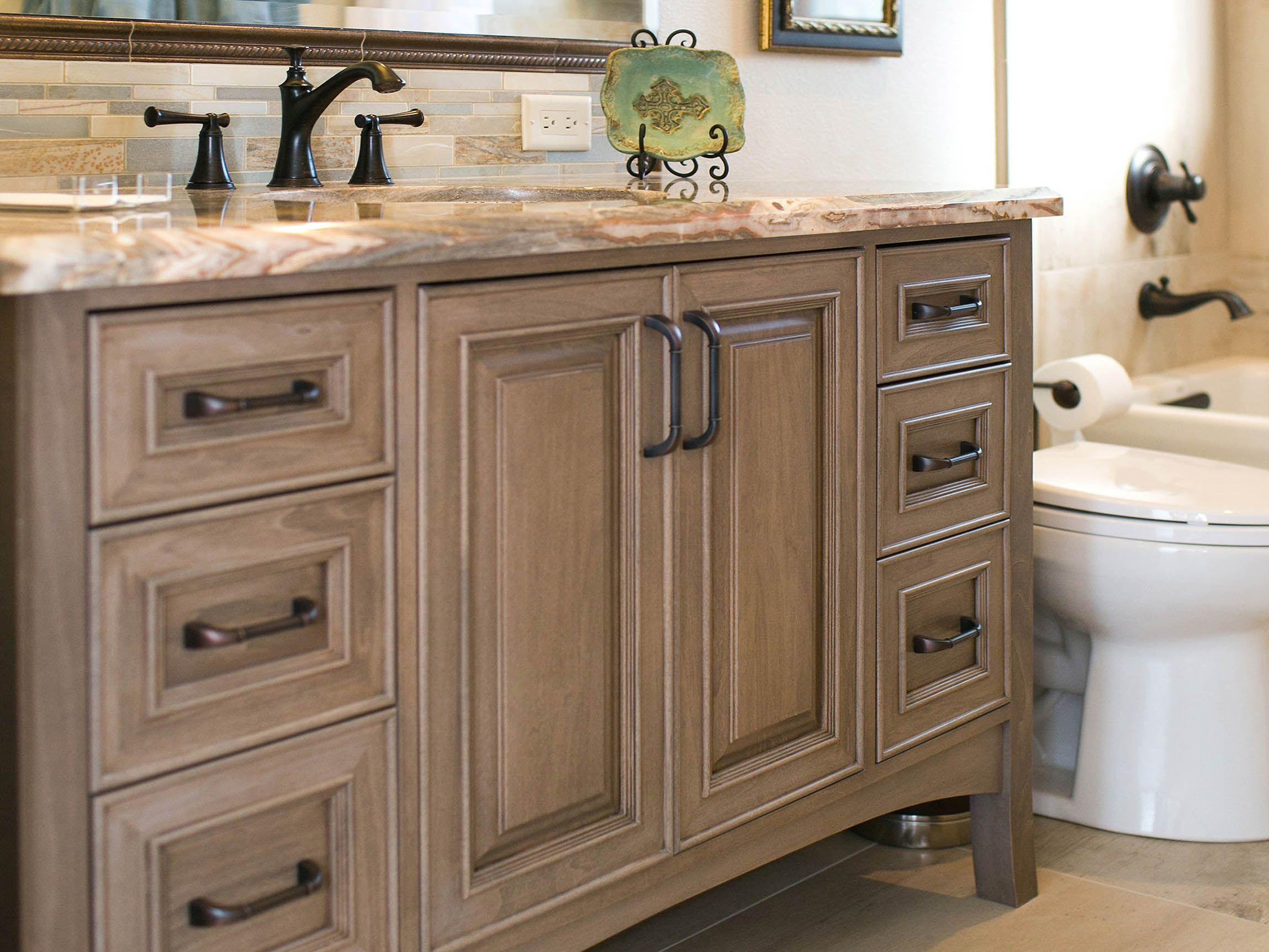 Wallkill Shiloh Kitchen Light Kitchen Cabinets Log Home Kitchens Kitchen Cabinets Pictures