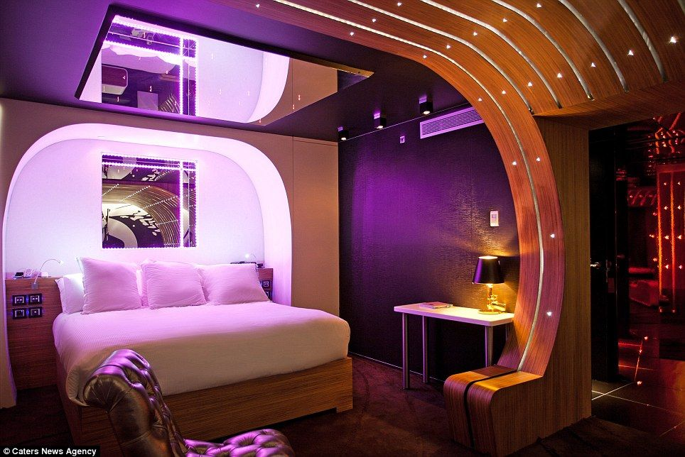 Secret Agent: The James Bond Themed Hotel Room Comes Complete With A Mirrored  Ceiling