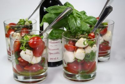 Tomato cocktail in a glass - #glass # dessert glass # tomato cocktail - Elaine