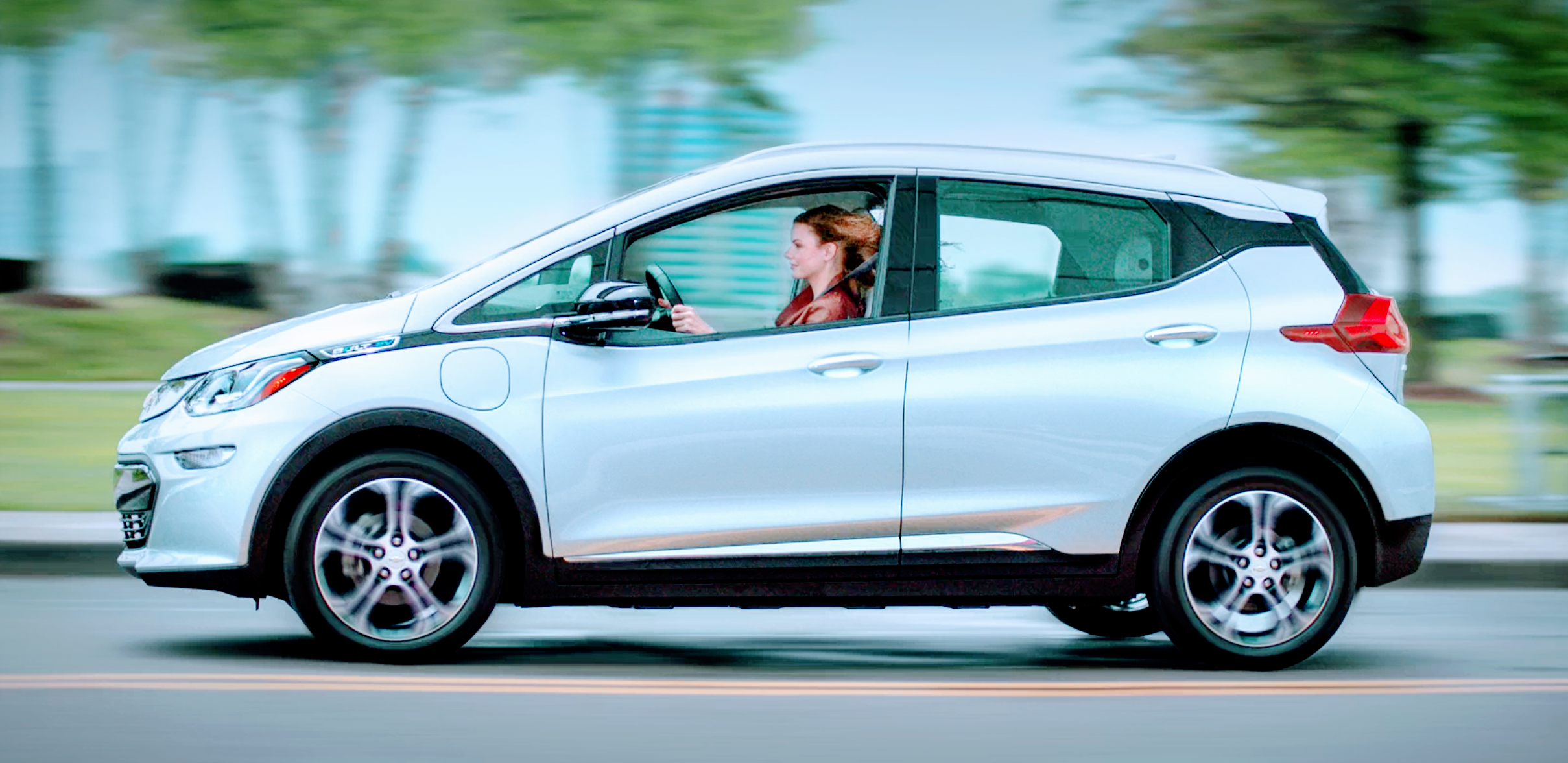 Detroit Free Press Names 2017 Chevy Bolt Ev As Car Of The Year Cheap Cars For Sale Electric Cars For Sale Cars For Sale