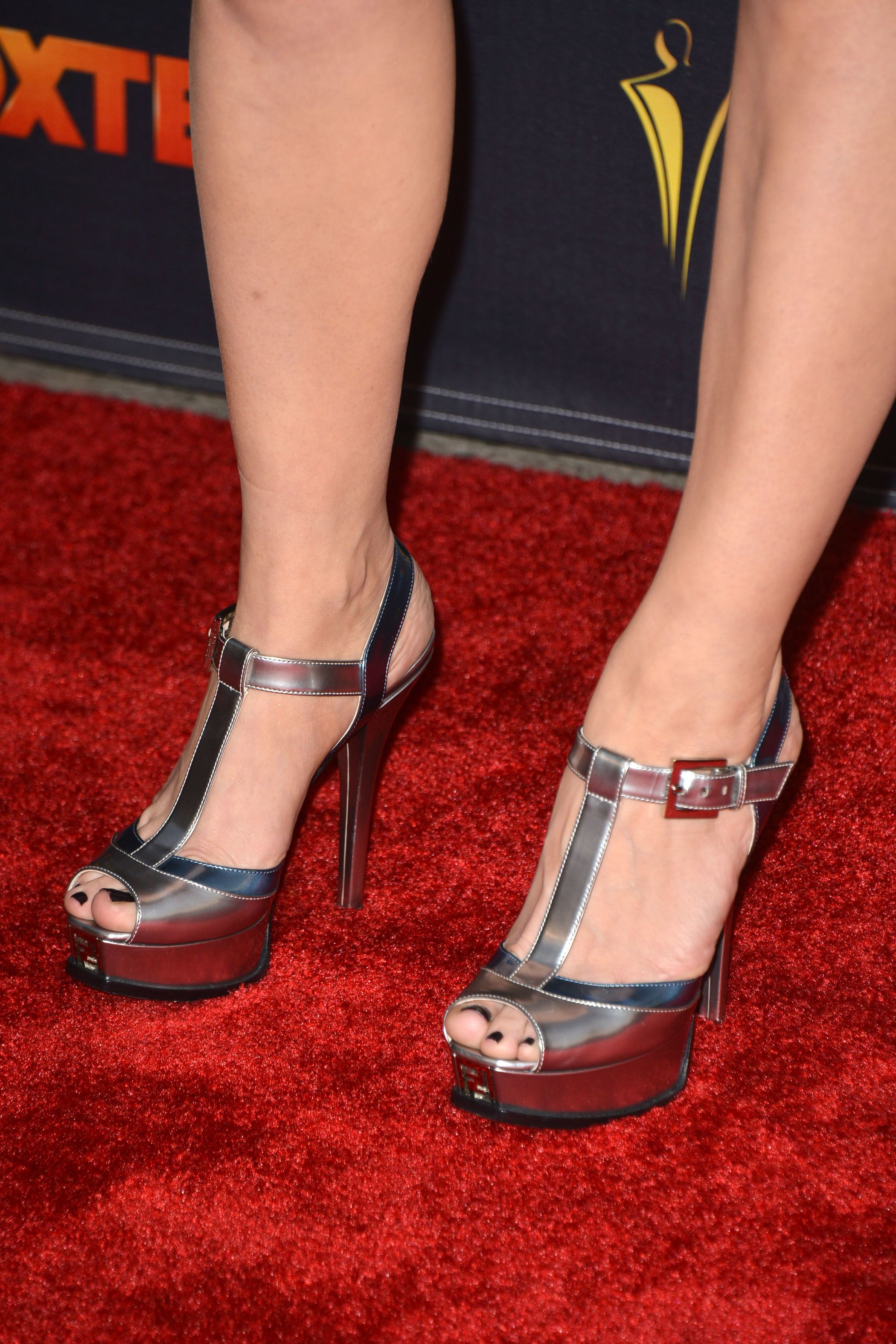 anna torv feet