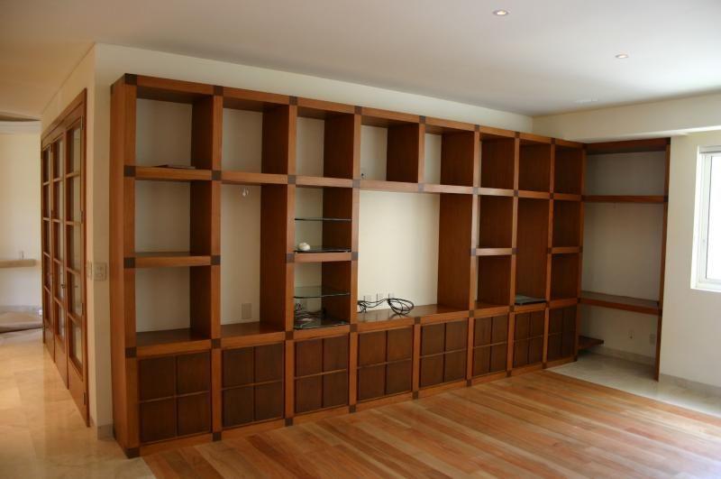 Arka arquitectura y carpinteria closets y libreros - Libreros de madera modernos ...