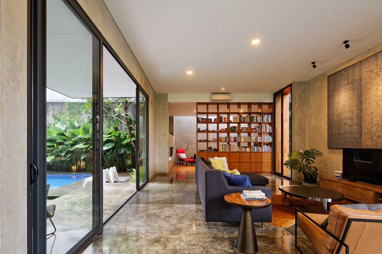 This Concrete Abode Embraces Indonesia S Tropical Climate House