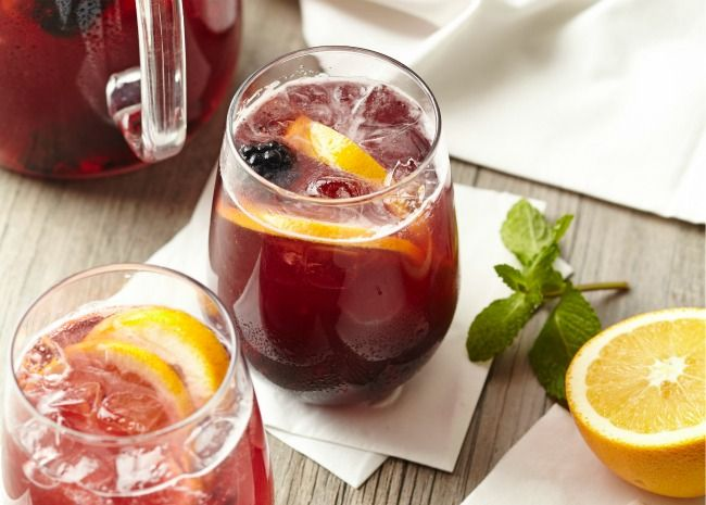 10 Fresh And Fruity Sangrias That Ll Make You Glad It S Hot Best