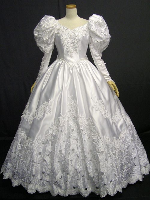 The epitome of 80\'s/early 90\'s Wedding dresses | Mem\'ries Light The ...