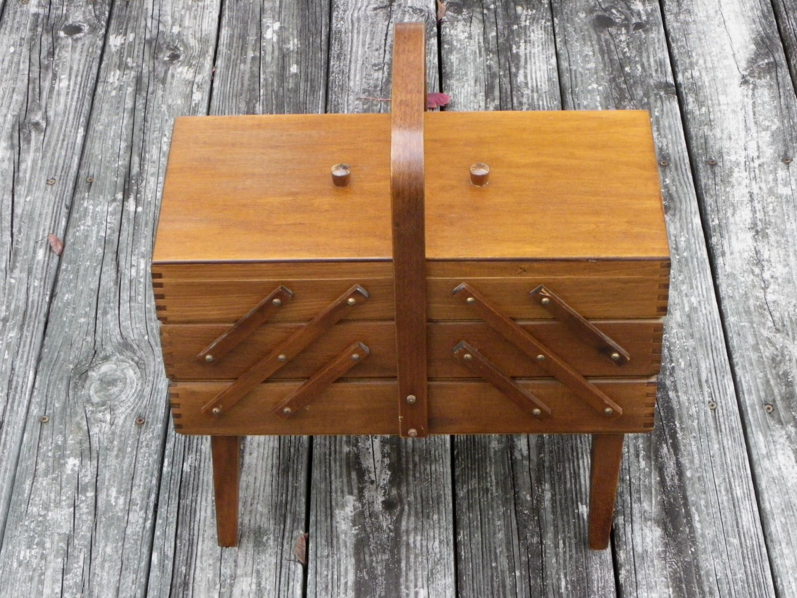 Vtg Wooden 3 Level Expanding Sewing Box Dovetailed