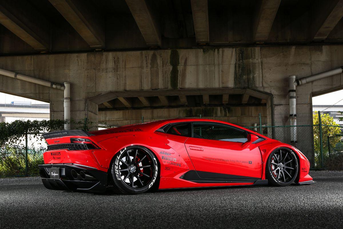 Liberty Walk gives the Lamborghini Huracan the Wide Look | Liberty