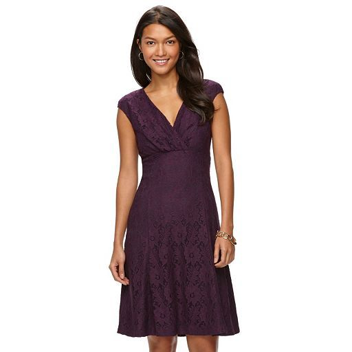 You'll look fabulous for any occasion wearing this petite Chaps dress. Lace  design and figure-flattering cut combine for the perfect party dress.