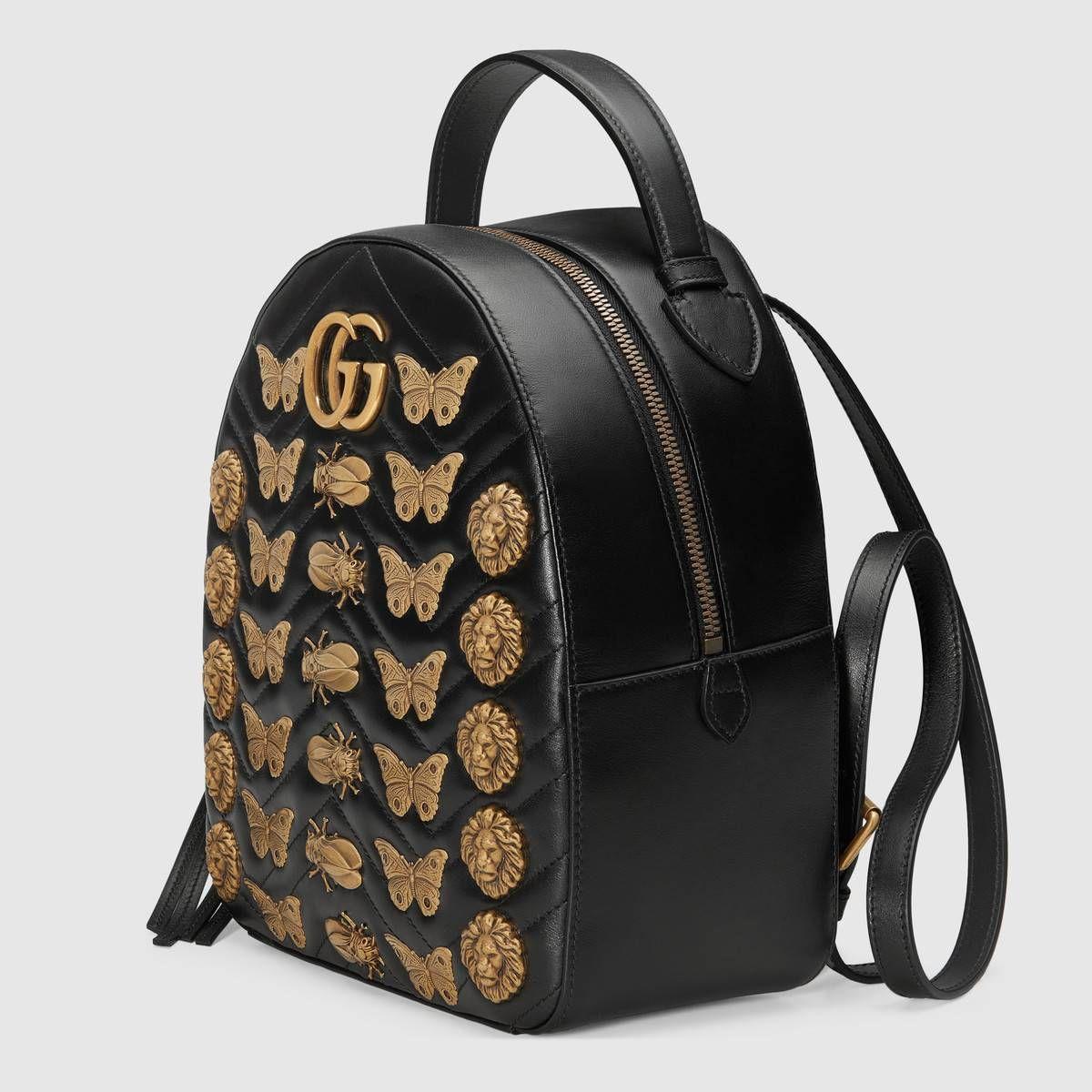 565a0328c Gucci Mochila GG Marmont de Piel con Tachuelas de Animales Detail 2 ...