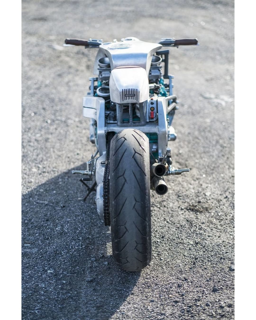 GTS 1000 Cafe Racer Scheffers Engineering - Photo by Marcos Meisner #motorcycles #caferacer #motos   caferacerpasion.com