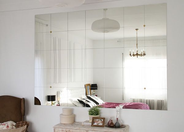 Diy montando una pared de espejos for Espejos ovalados para decorar