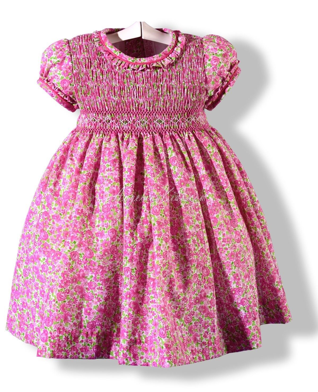 The fabric and color   Antonia   Pinterest   Punto ruso, Ropa para ...