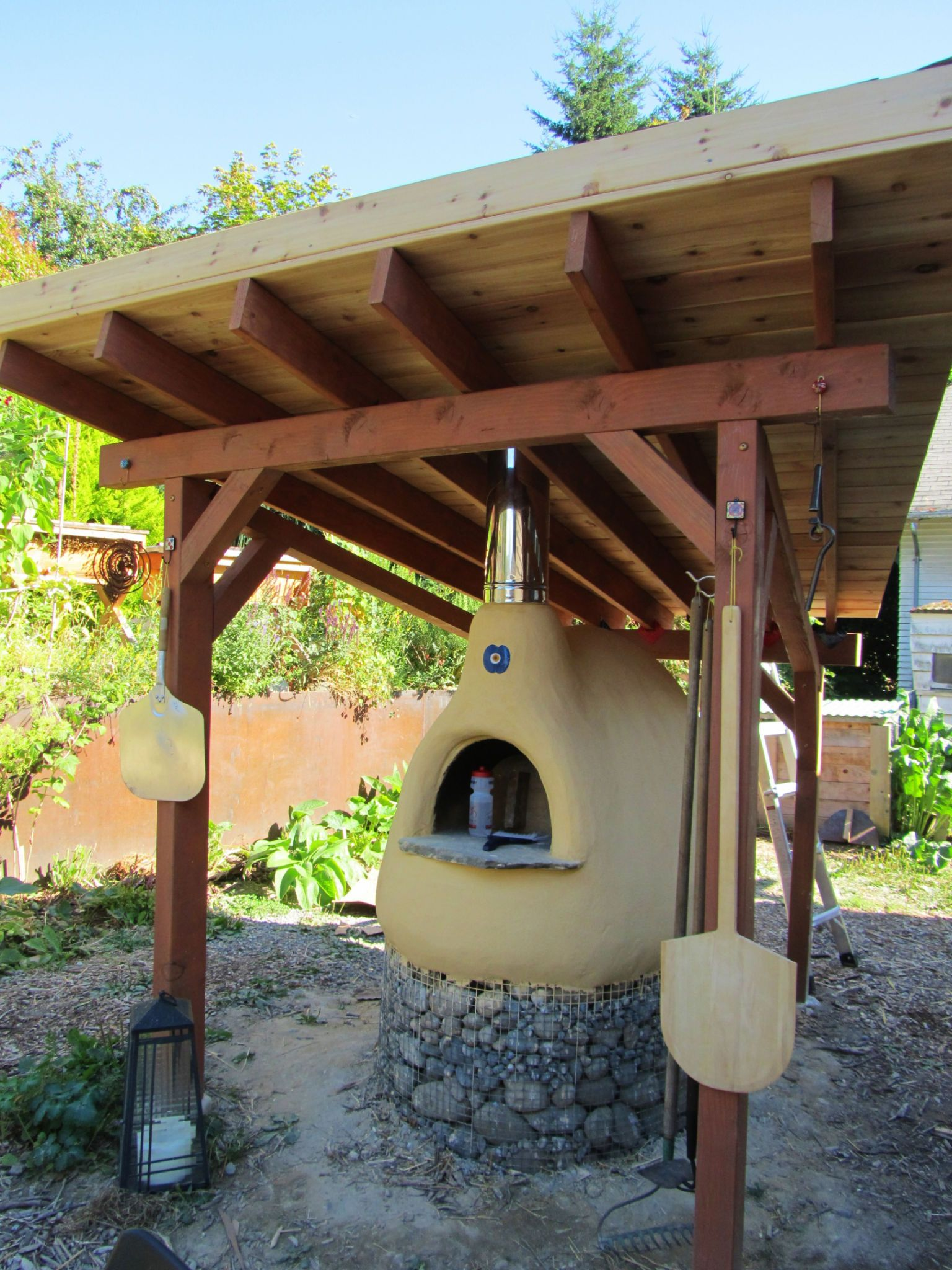 Cob rocket stoves to cook and heat with https skydrive for How to make a cob oven