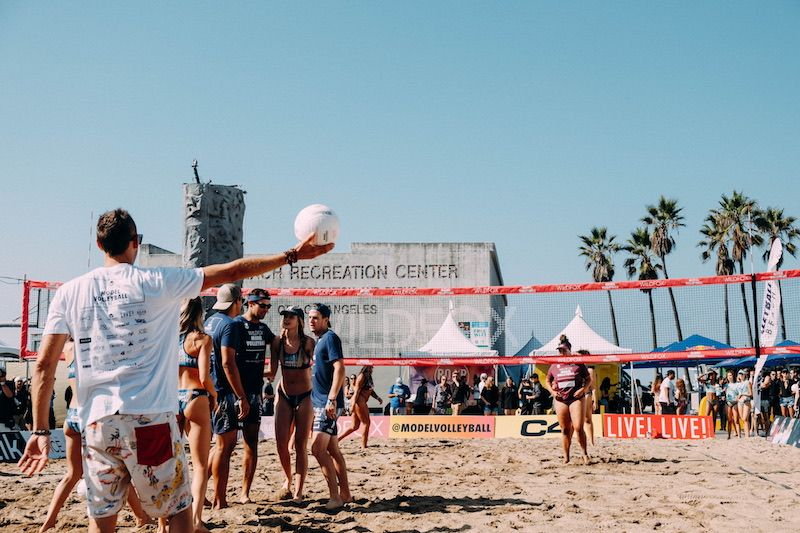 Wildfox Model Volleyball Miami Beach S Hottest Tournament Hosted An Inaugural West Coast Weekend At Venice Beach