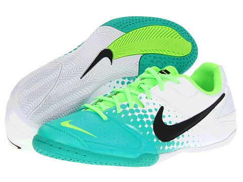 Nike Soccer <3 | i'm in love with this color ! indoor soccer cleats!