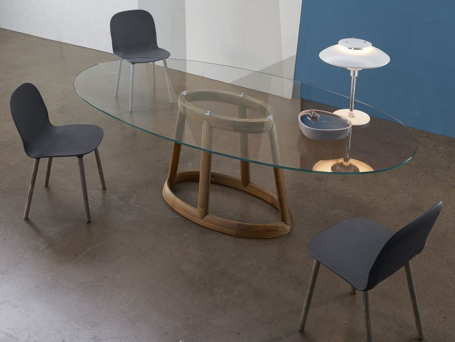 40 Glass Dining Room Tables To Revamp With From Rectangle To Square Oval Glass Dining Table Oval Table Dining Oval Glass Dining Room Table Glass oval dining tables