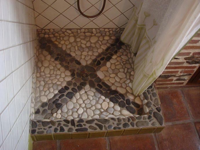 Duchas rusticas interesting bao estilo rustico paredes for Duchas rusticas piedra