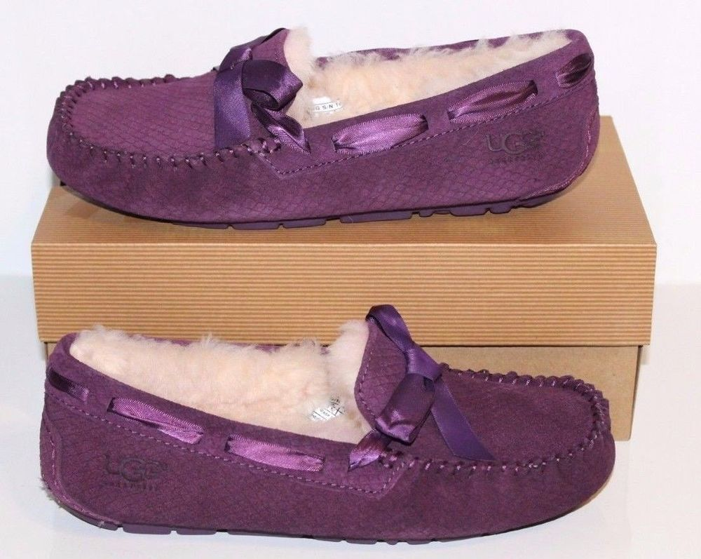 ef53624590d 1007575 UGG Women DAKOTA Suede Sheepskin Slipper Moccasin Shoe 7 ANM ...
