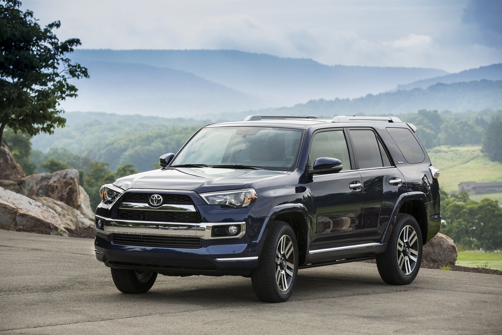 the 2017 toyota 4runner is the vehicular equivalent of a multi tool rh pinterest com