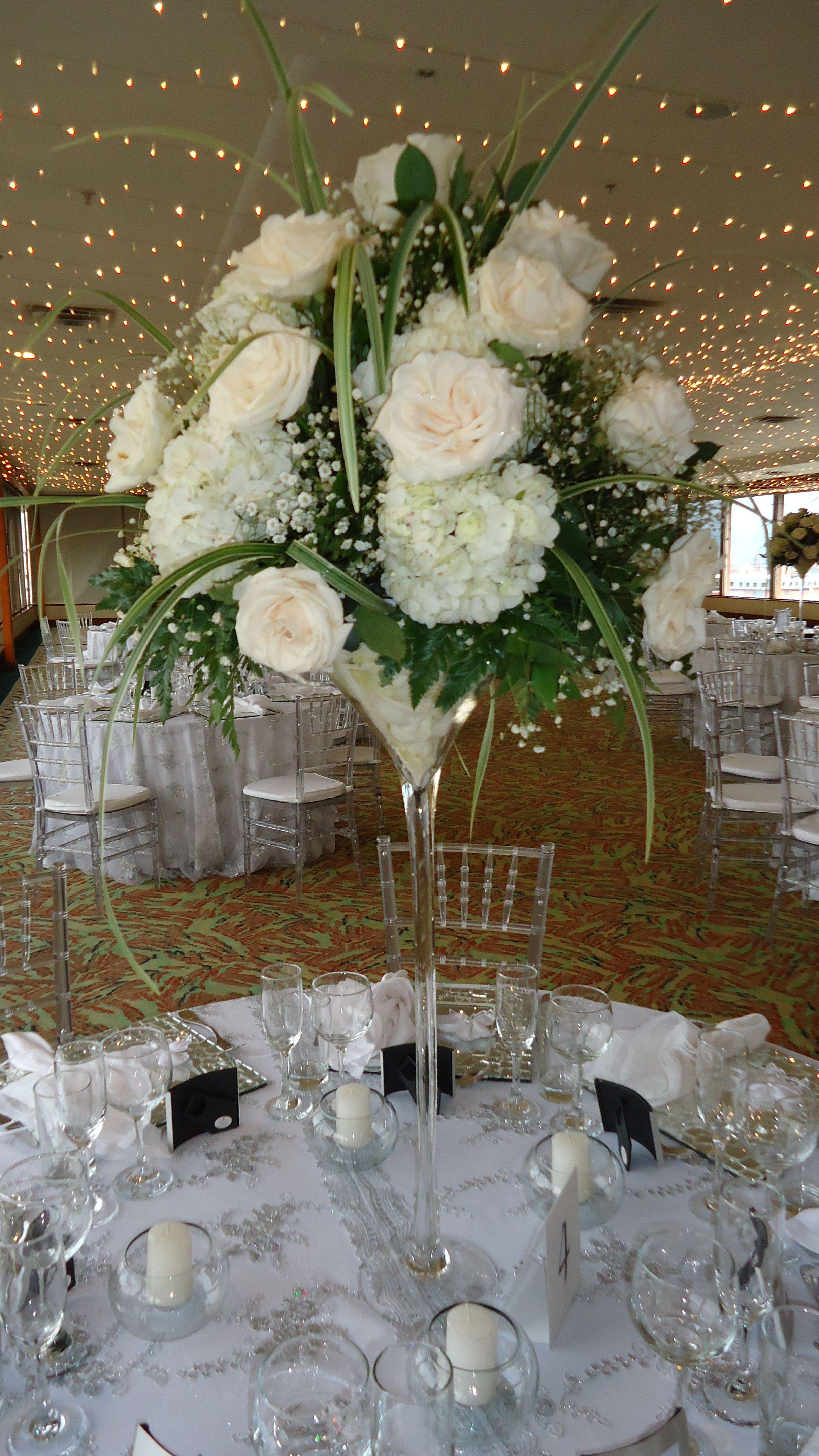 Centro de mesa flores naturales con rosas y hortensias en - Centros de mesa naturales ...