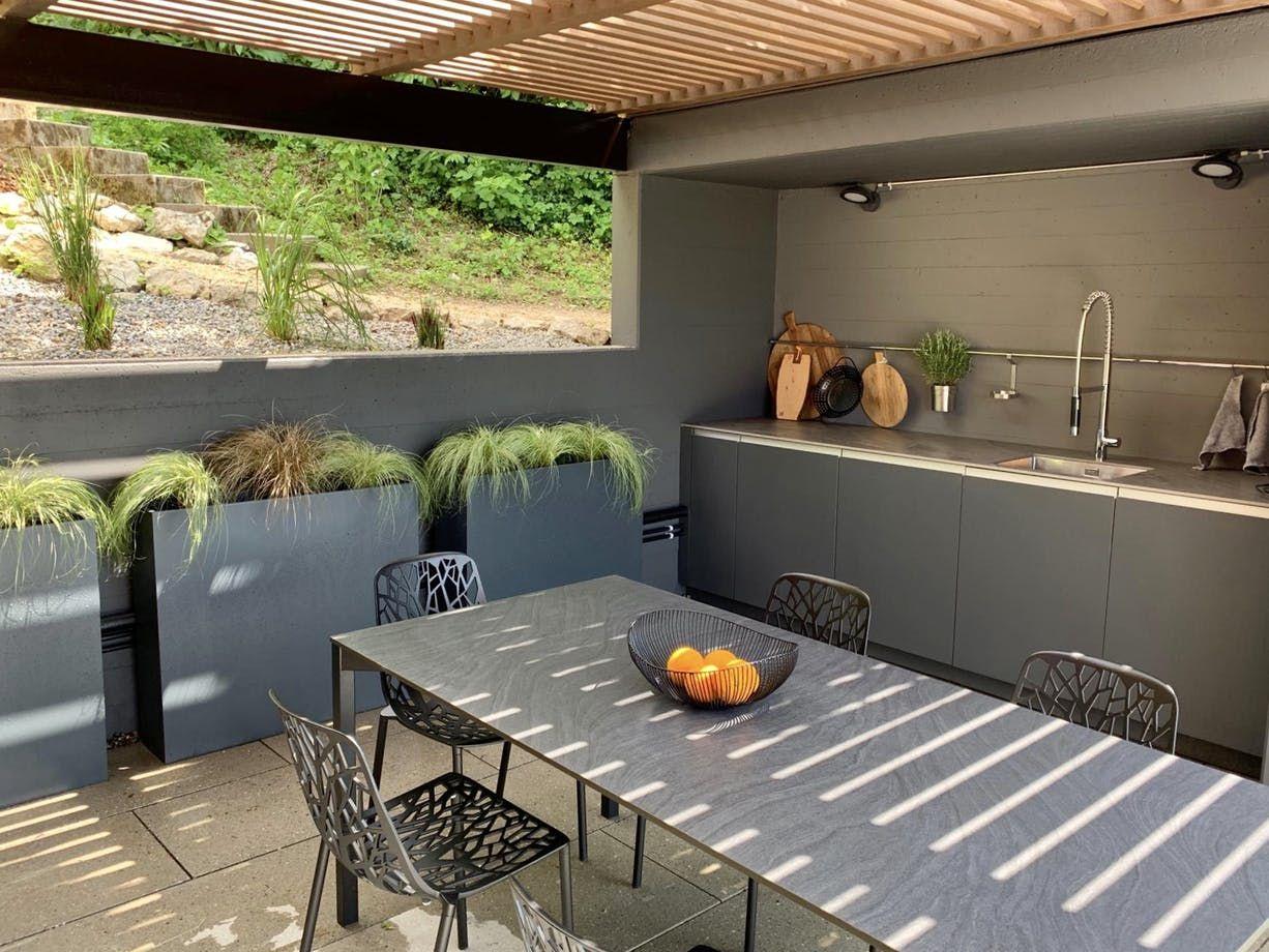 Outdoorkitchen Forest House Cosentino In 2020 Kitchen Island