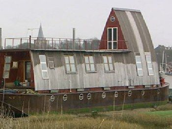 Houseboat Water House House Boat Floating House