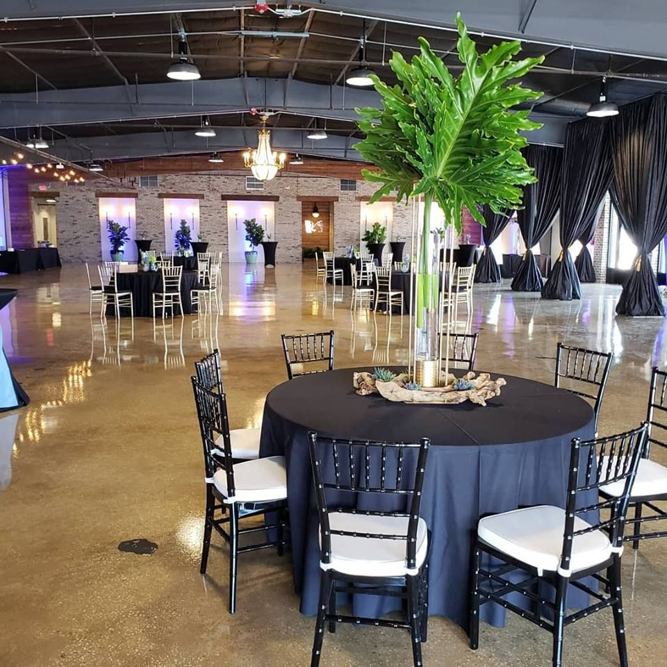 Venue Decorations: Venue 650, Winter Haven, Florida