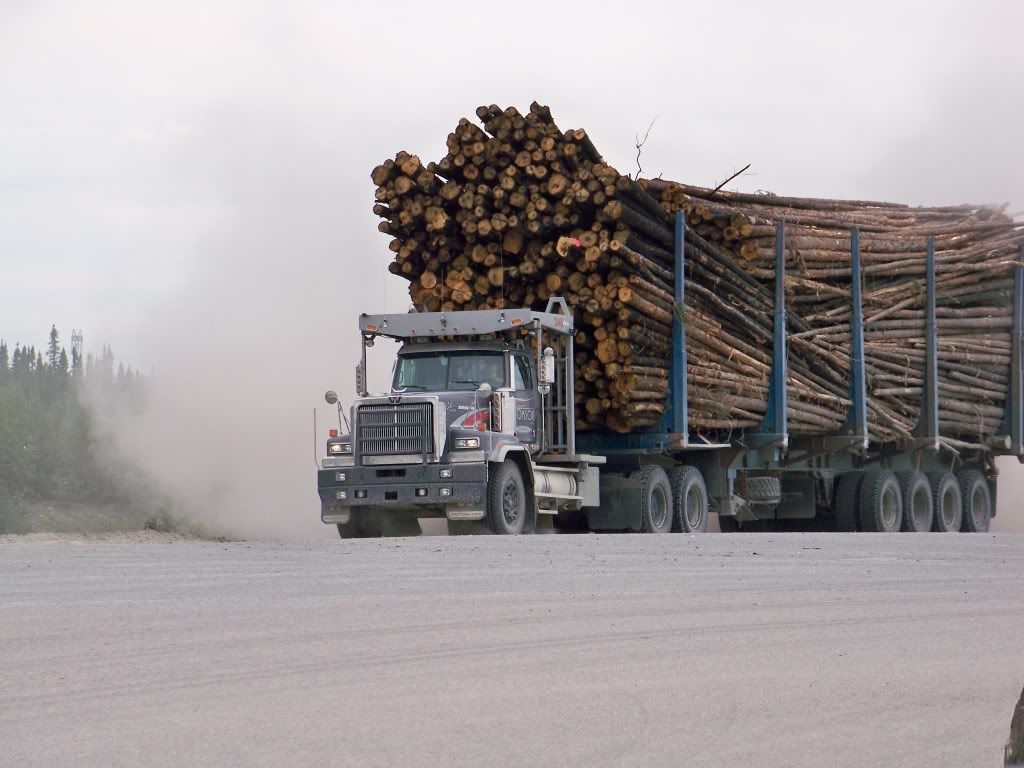 Photo by Pierre Luc Fournier Western star trucks, Big