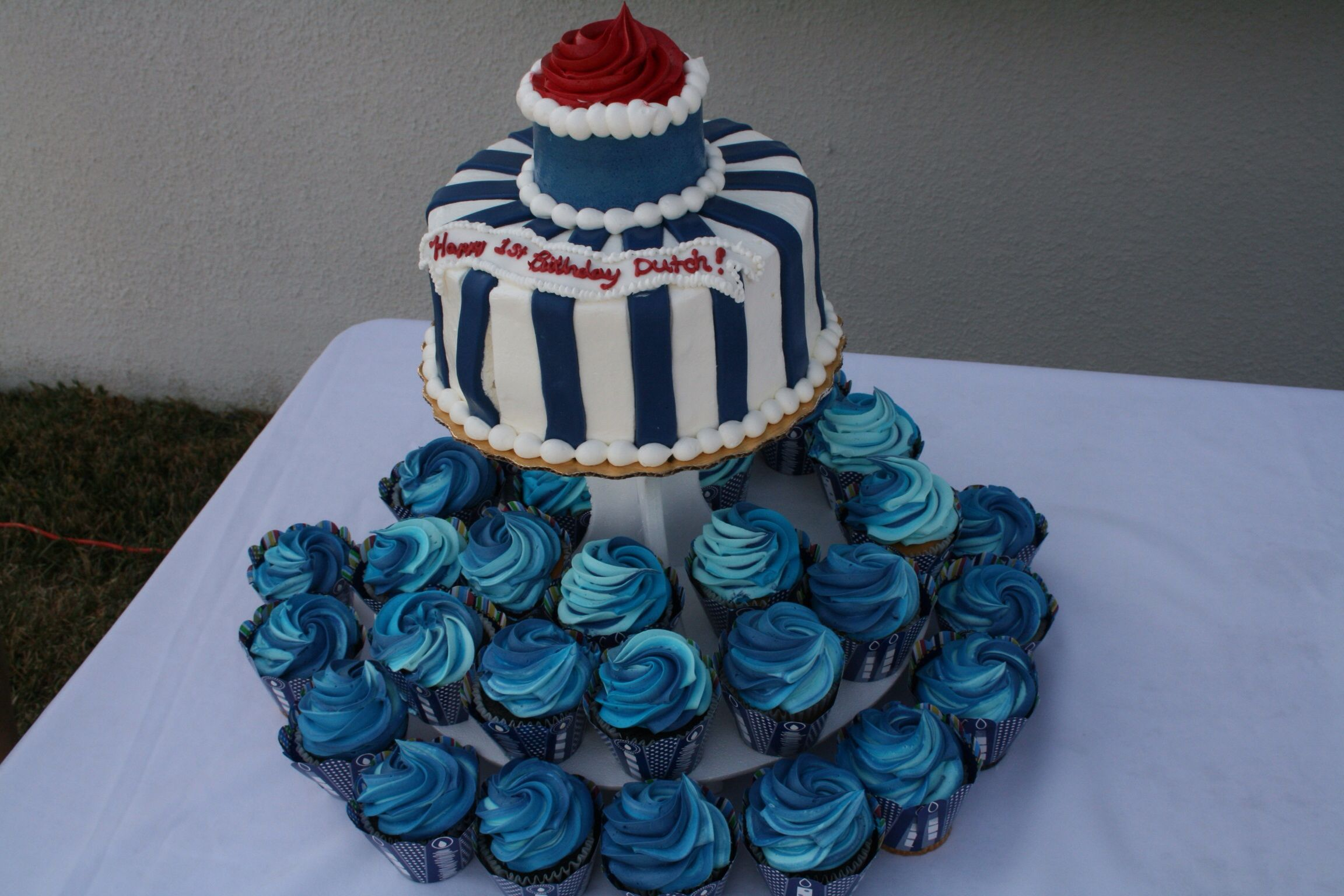 Cruise theme cake and cupcakes from publix with images