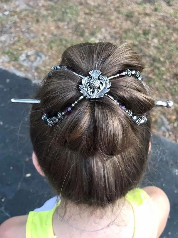 Thistle Flexi Clip Holds A Big Bun Hairstyle Dainty Damsel Dos In
