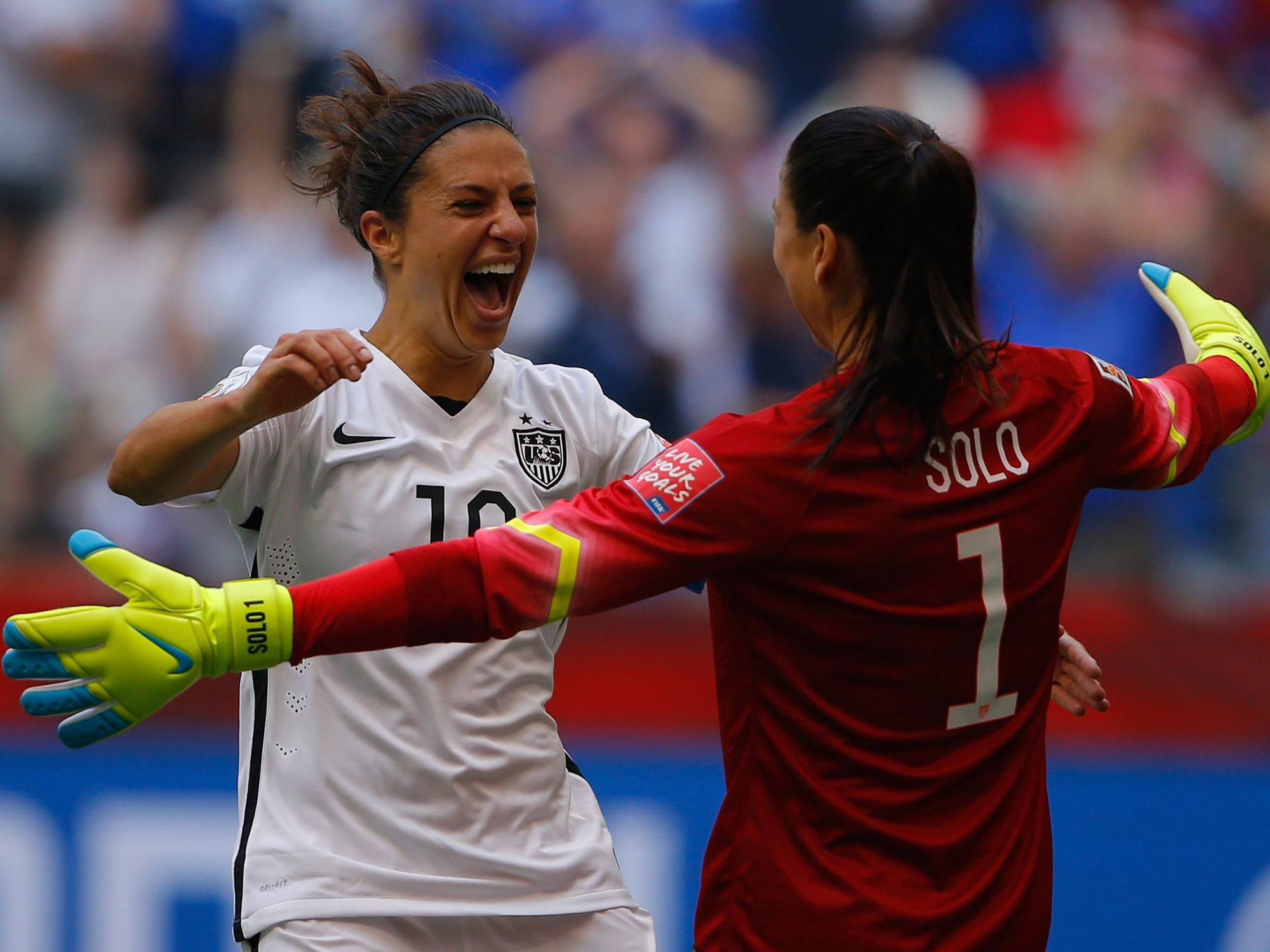 Carli Lloyd Discloses Rift With Family In New Book Fifa Women S World Cup Us Women S National Soccer Team World Cup Champions