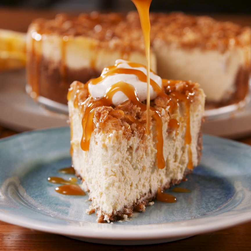 You CAN Have It All With This Apple Crisp Cheeseca